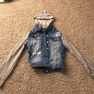 Denim jacket with different soft fabric sleeves